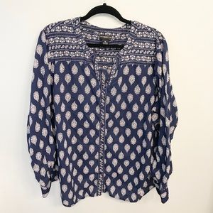 Liz Claiborne Navy and Cream Long Sleeved Shirt